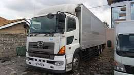 Hino Truck 10wheels 12900cc manual transmisson