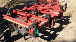 9 tine heavy duty cultivator on wheels