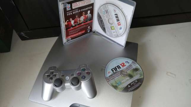 Ps3 300gb internal storage console plus 2 FIFA games Pangani - image 2
