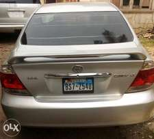 Tokunbo Camry LE 2005 Gold with V4 engine