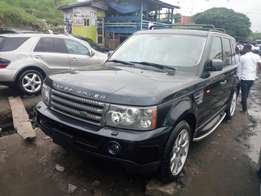 Toks 2008 range rover sports black color for sale