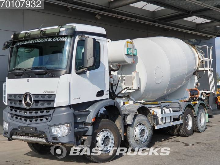 Mercedes-Benz Arocs 4142 B 8X4 Big-Axle SteelSuspension 12m3 Euro 6 - 2017