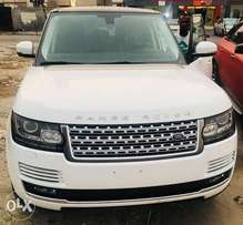2014 Range Rover HSE Available
