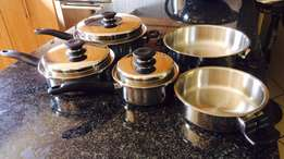 iCook pots (8-piece set) – brand new - price reduced from R4000