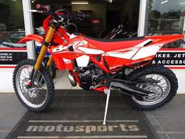APRIL SPECIAL! BETA 300RR was R99999 now R94999