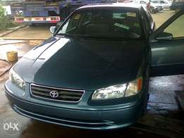 Very neat 2000 Toyota Camry for sale