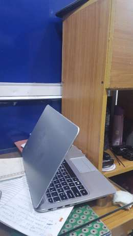 UK Used HP Spectra XT 128GB SSD/4GB Ram Core i5 Backlit Lagos Mainland - image 2