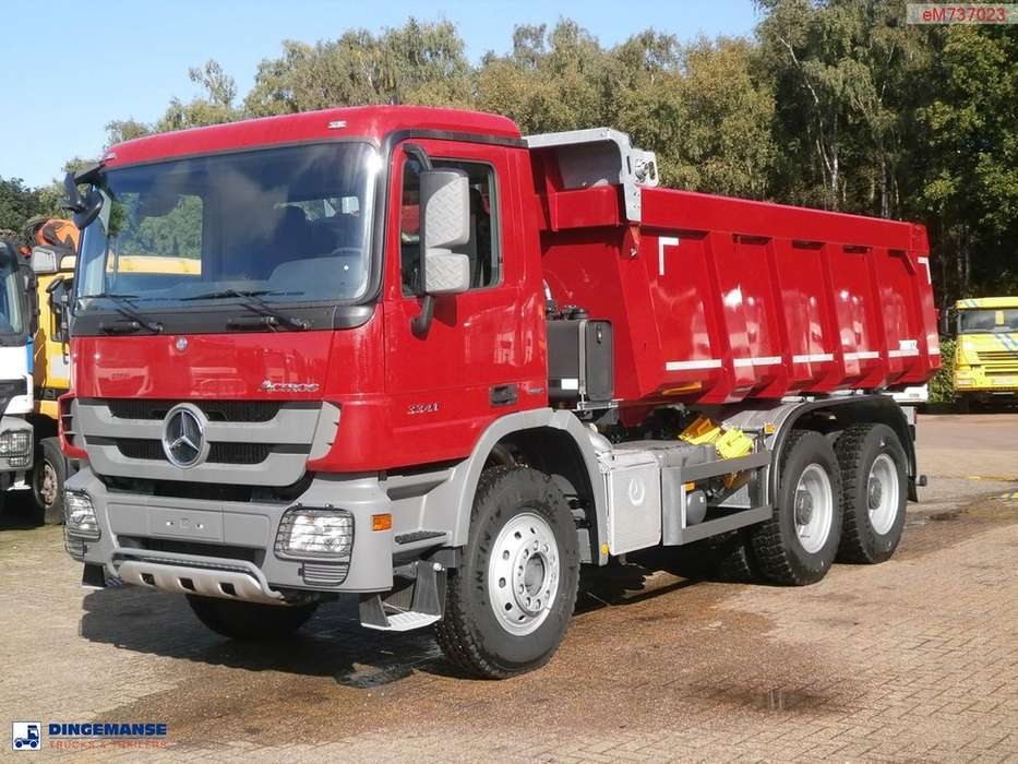 Mercedes-Benz Actros 3341 / 4041 6x4 Schmitz tipper NEW/UNUSED - 2014