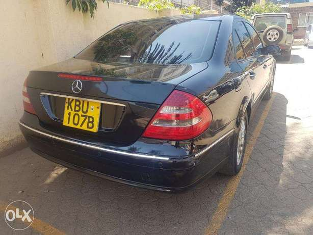 Mercedes Benz E200 Nairobi West - image 4