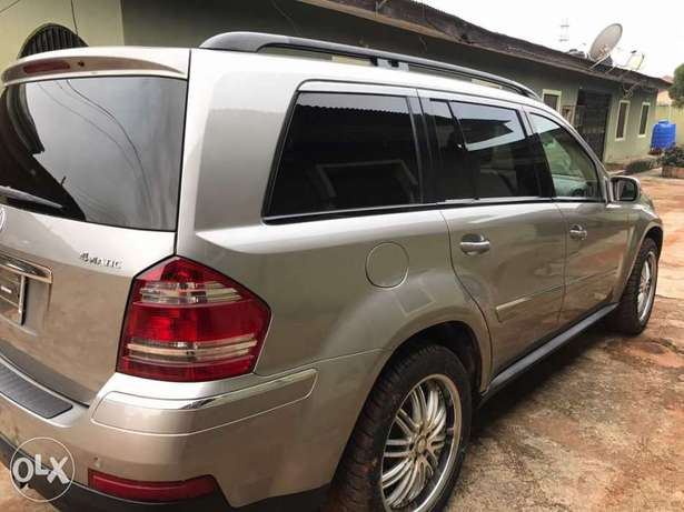 Foreign Used Mercedes Benz GL450 Lagos Mainland - image 7