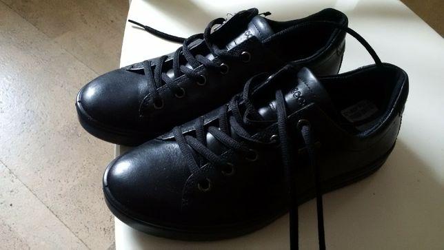 Черевики Ессо  2 200 грн. - Жіноче взуття Рівне на Olx b456fff796588