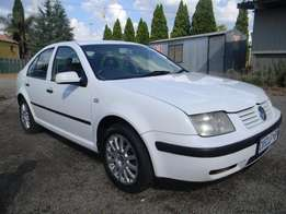Volkswagen Jetta 1.6 Comfortline, White with 195000km, for R43,000