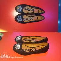 Black flat shoe (size 33 kiddies)