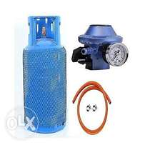 gas cylinder with hose and regulator