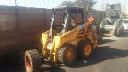 Mustang 2041 skidsteer for sale in immaculate condition