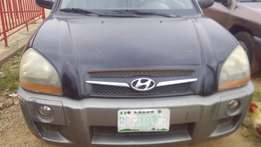 Hyundai Tucson with good engine and gear