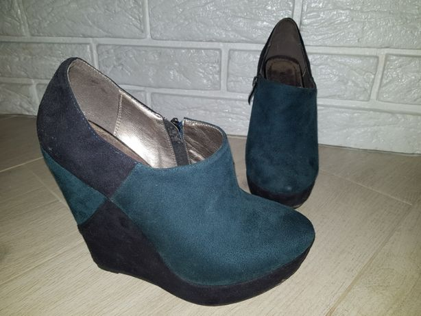 508bbd636ccd1e Жіноче взуття замш: 500 грн. - Жіноче взуття Рівне на Olx