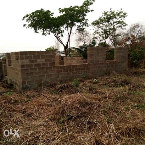 For sale uncompleted twin bungalow of 3bedrooms at asaju estate akobo Akobo - image 5