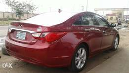 Hyundai sonata 2010 model wine colour