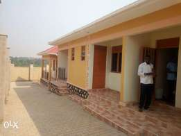 New double rooms are available for rent in bweyogerere centre