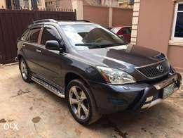 Irresistible 2007 RX350 8Mnths used wth Rev Camera,Headrest DVD n Navi