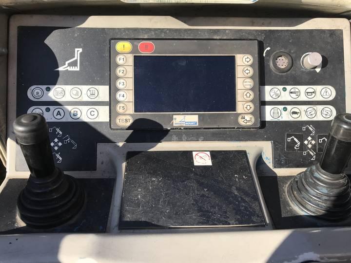 Bronto S50 XDTJ - 2012 - image 6