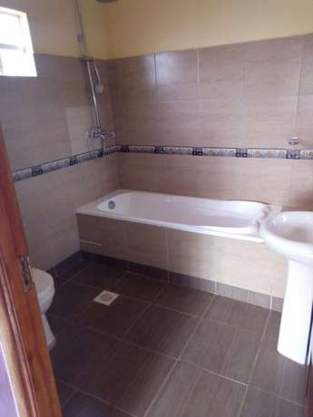 Very spacious four bedrooms for sale Ongata Rongai - image 5