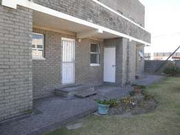 2 Bedroom Apartment in Bellville Central
