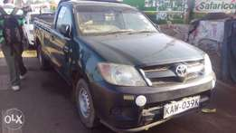 Toyota hilux local for quick sale