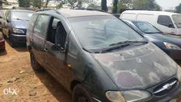 Firstbody ford galaxy for transport and private