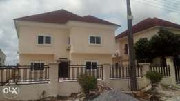 renovated and serviced 4bedroom fully detached duplex crown estate aja