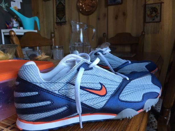 Продам кросівки NIKE cdf8415b4cf0f