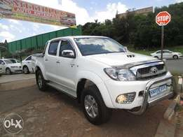 2010 toyota hilux 3.0 d4d 4*4 for sale