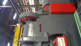 Eccentric press. 200 ton