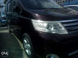 KCP Nissan Serena Wine Red