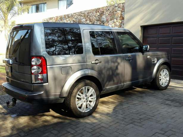Land Rover Discovery 4 HSE 3.0 SDV6 Krugersdorp - image 2