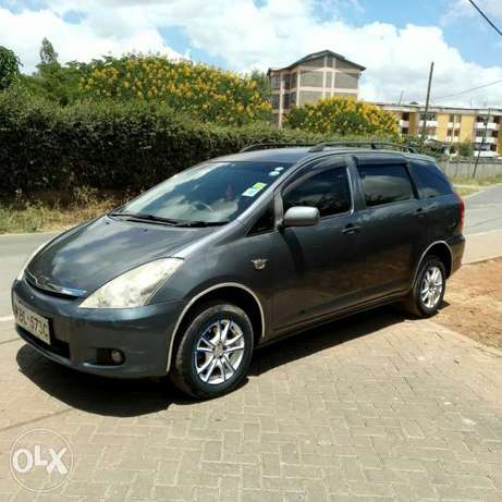 Toyota wish good condition accident free wel maintained Nairobi West - image 4