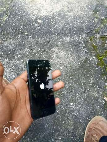 Neat iPhone 5 for Sale at 40k Port Harcourt - image 1
