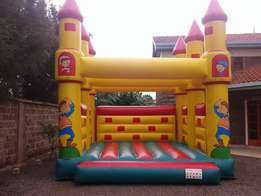 Planning event hire Bouncing castle waterside, Trampoline