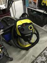 Karcher vacuum cleaner (CS867)