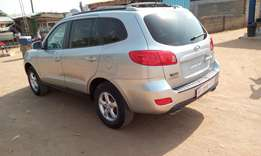 Almost brand new Hyundai 4x4 for hot cake sales 2007 model