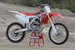Brand New 2016 Honda CRF250R for only R75 000.