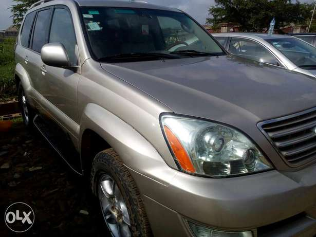 2005 Lexus GX470, very clean Oshodi/Isolo - image 8