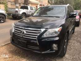 extreemly clean lexus lx570 jeep available
