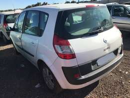 Renault Scenic 2 Stripping For Spares