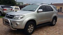 Toyota Fortuner D4D 3L Diesel 2007 SUV 7 Seater Silver Lic Towbar
