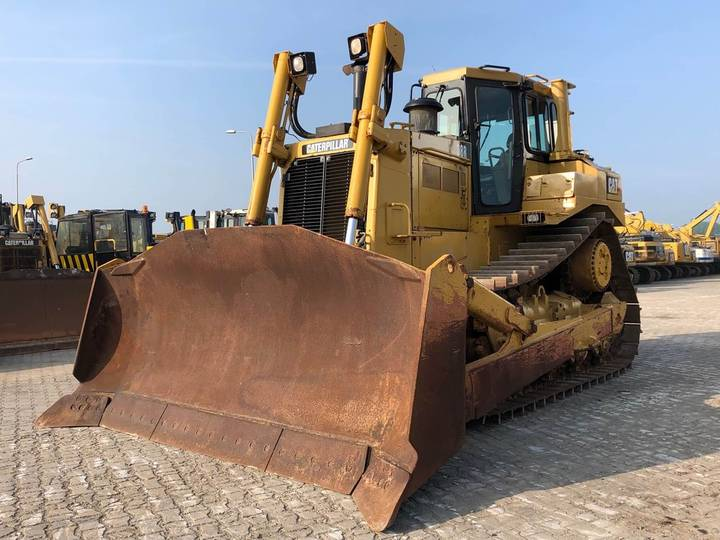 Caterpillar D8R Dozer - 2008