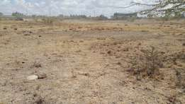 10 acres for sale along mombasa Road 15 million per acre