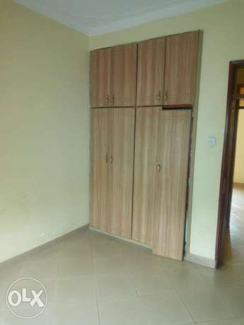 Executive two bedroom house is available for rent in kyaliwajala. Kampala - image 7
