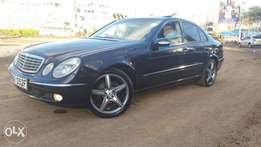 Mercedes Benz E Class E270 CDI with Sunroof